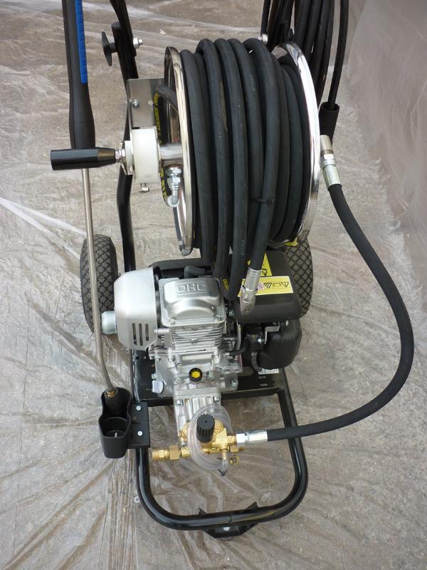 Vysokotlaká čistička potrubí